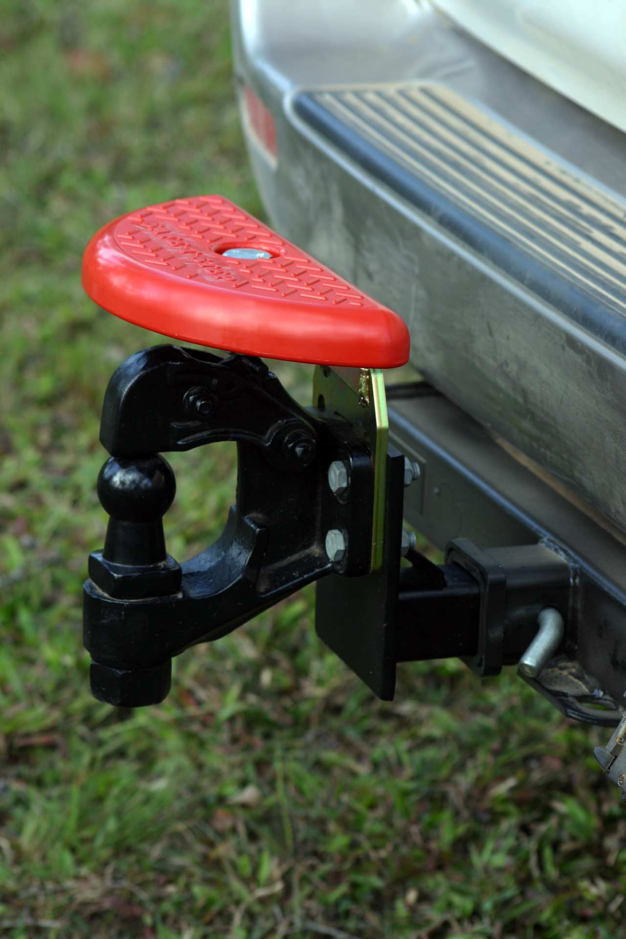 Tow Hitch Accessories >> Folding hitch step or tow bar step - Safe-T-Step™